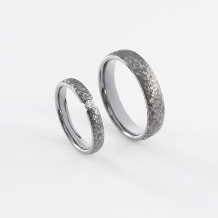 T&C-ring-scratch-blackgold-2|DAWN WEDDING
